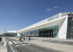 The increase in passenger numbers in July at Chopin Airport